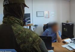 Экс-сотруднику Ространснадзора вменяют получение семи взяток