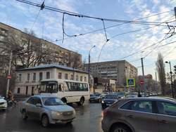 Из-за обрыва проводов встали троллейбусы двух маршрутов