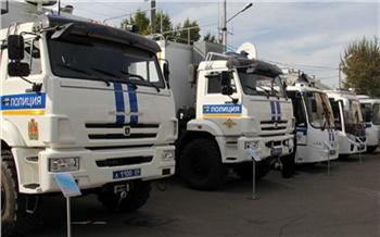 «Квадрокоптеры и грузовик, в котором можно жить»: красноярская полиция показала новую технику