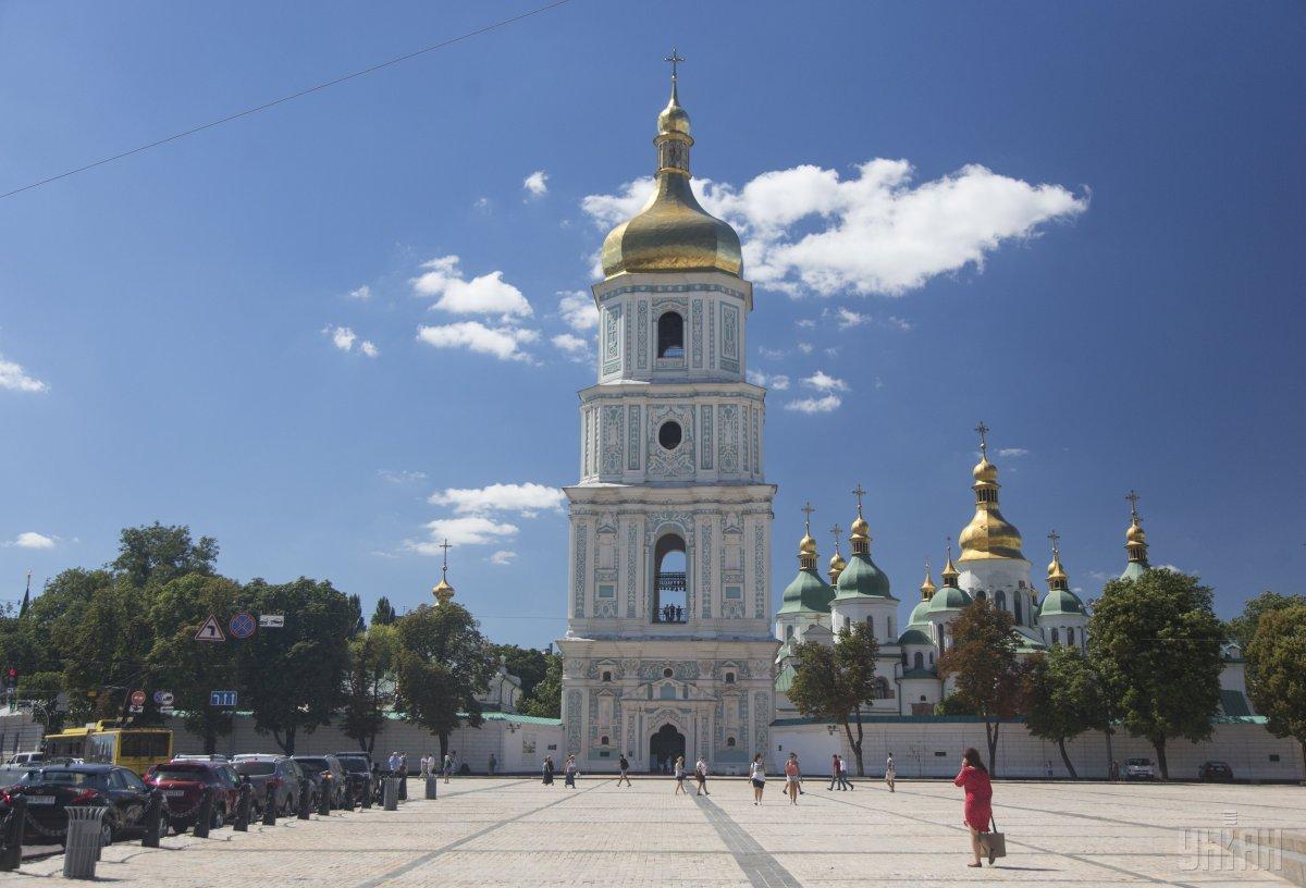 'Дарница' и 'Интерхим' профинансировали проект осушения фундамента и стен Софии Киевской