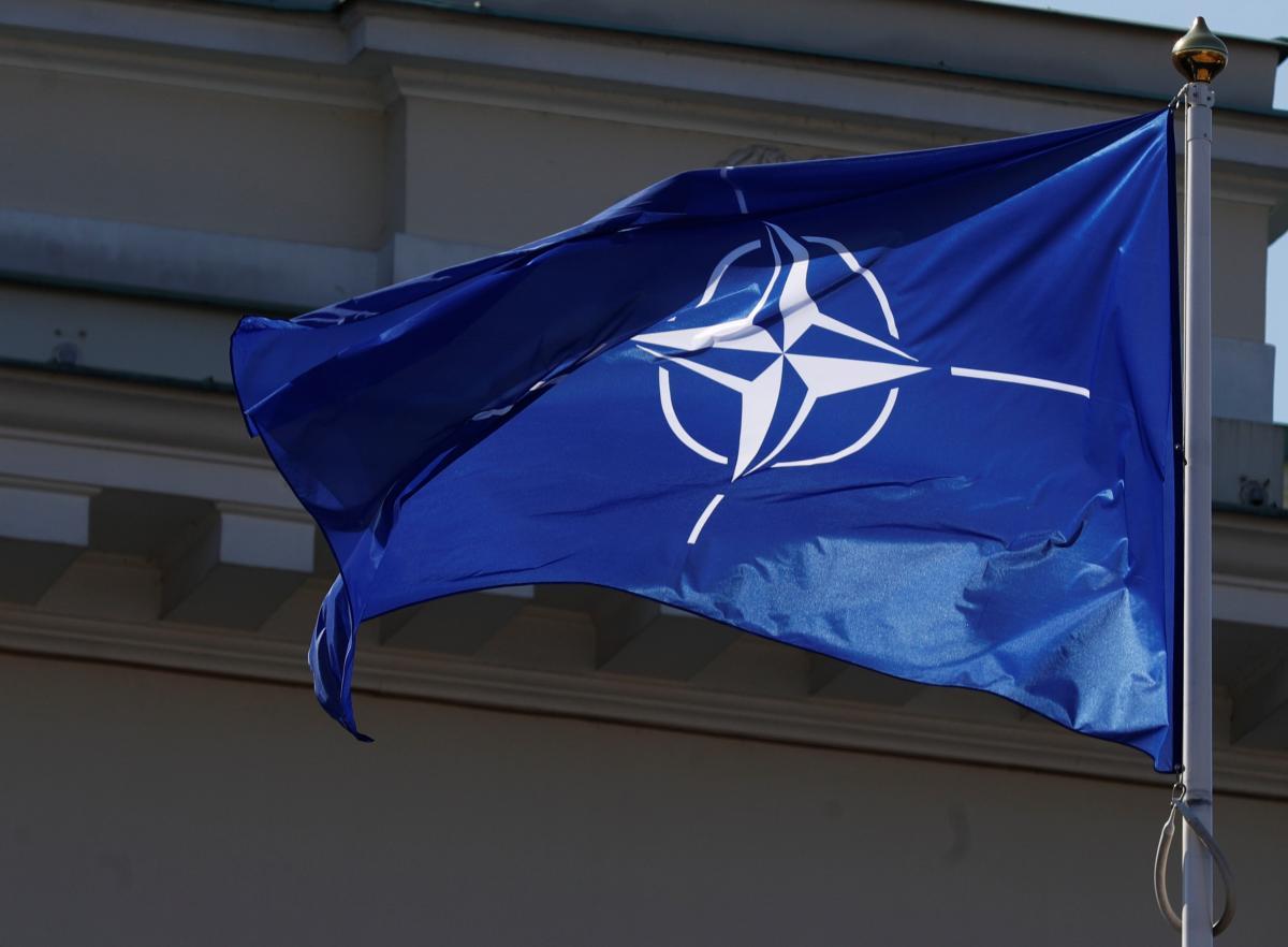 В НАТО призвали Россию прекратить выборочное выполнение Договора по открытому небу