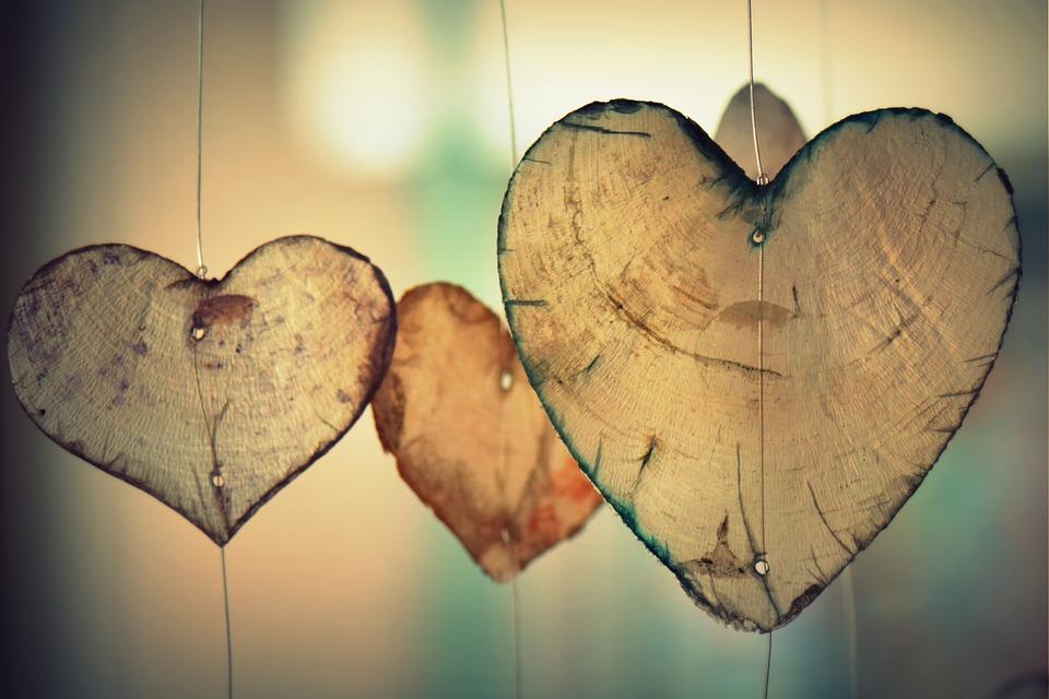Три знака Зодиака в июне ждут перемены в любви - астрологи