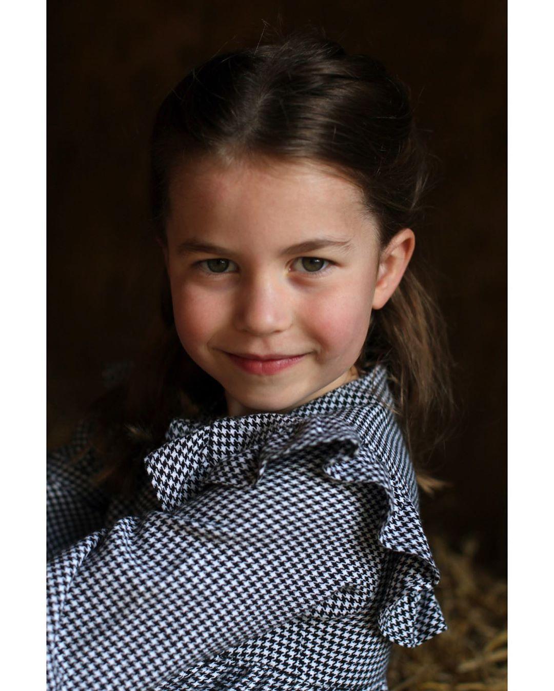 Принцессе Шарлотте сегодня исполняется 5 лет
