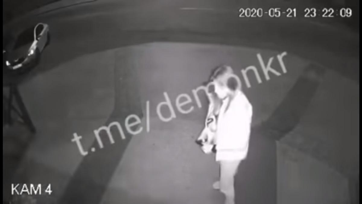 Выпустила обойму в живот: появилось видео расстрела прокурора