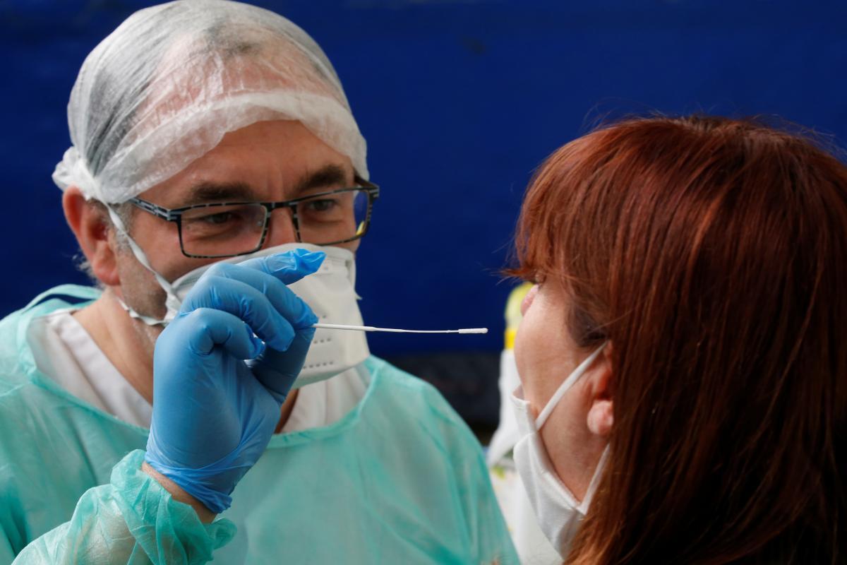Associated Press о тестах на COVID-19: какие они бывают и как работают?