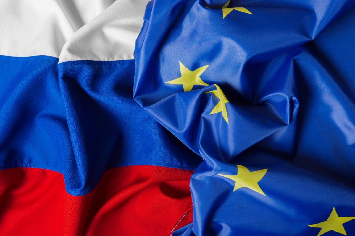 В России заявили, что отношения с ЕС ухудшились из-за санкций в отношении Навального