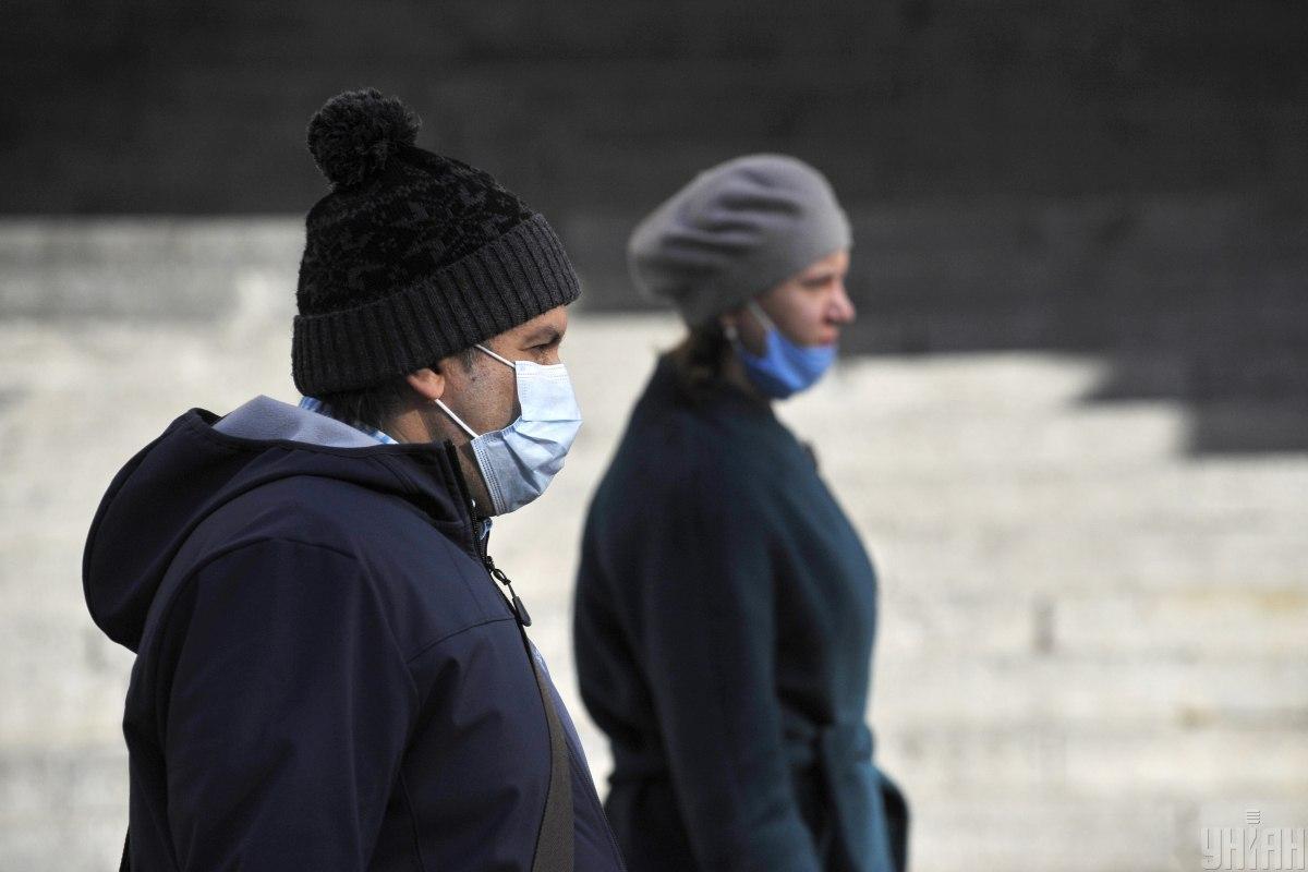 Главные новости Украины 18 ноября: рост количества зараженных коронавирусом и смерть военного на Донбассе