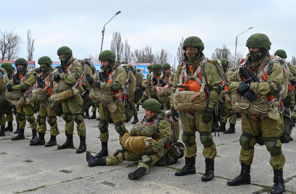 НАТО: Россия оставила десятки тысяч своих военных у границ с Украиной