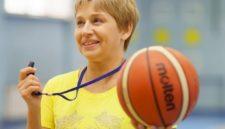 «Тренер кричит – дети в шоке»: интервью с легендой кемеровского баскетбола