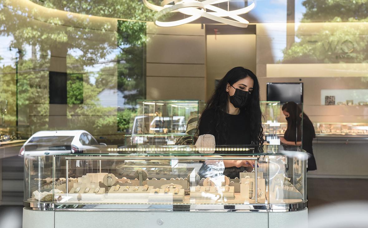 Ювелиры предупредили о росте цен на золотые украшения на треть