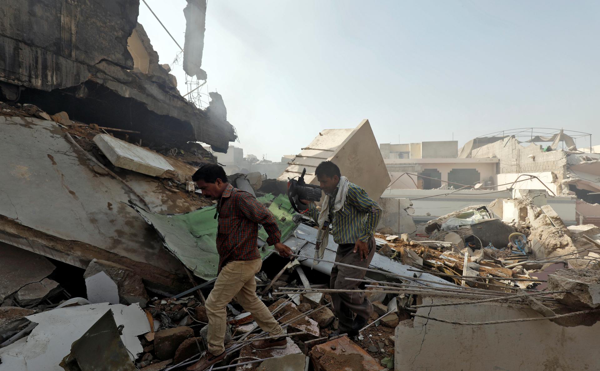 В авиакатастрофе в Пакистане выжил глава банка