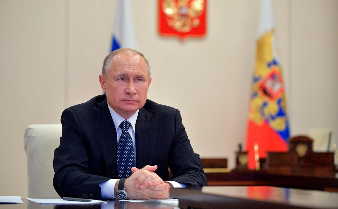 Путин обратится к россиянам перед последним днем голосования по поправкам