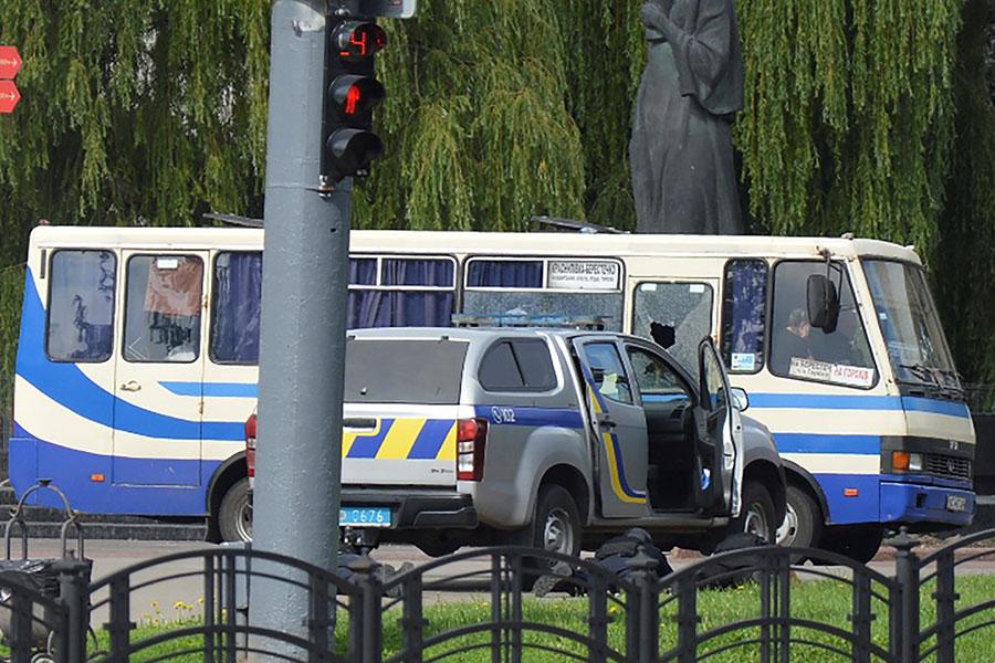 Захват заложников на Украине. Фоторепортаж