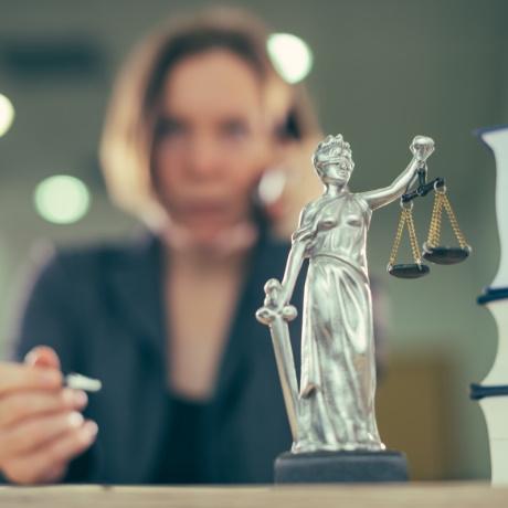 ВС РФ: к нерабочим дням с 4 по 7 мая применяются ранее сформулированные правовые позиции по вопросам исчисления сроков