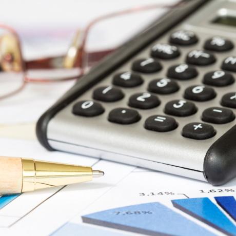 С 10 сентября финансовые организации при заключении договоров с физлицами обязаны информировать их о возможных рисках
