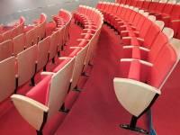 В Минкультуры рассказали, когда начнут продавать билеты в театры