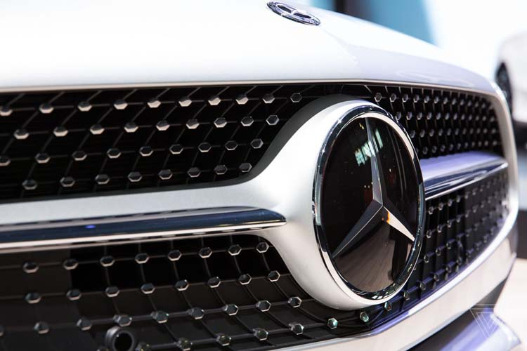 Авто по подписке не заинтересовали американцев: Mercedes-Benz закрыла сервис Collection
