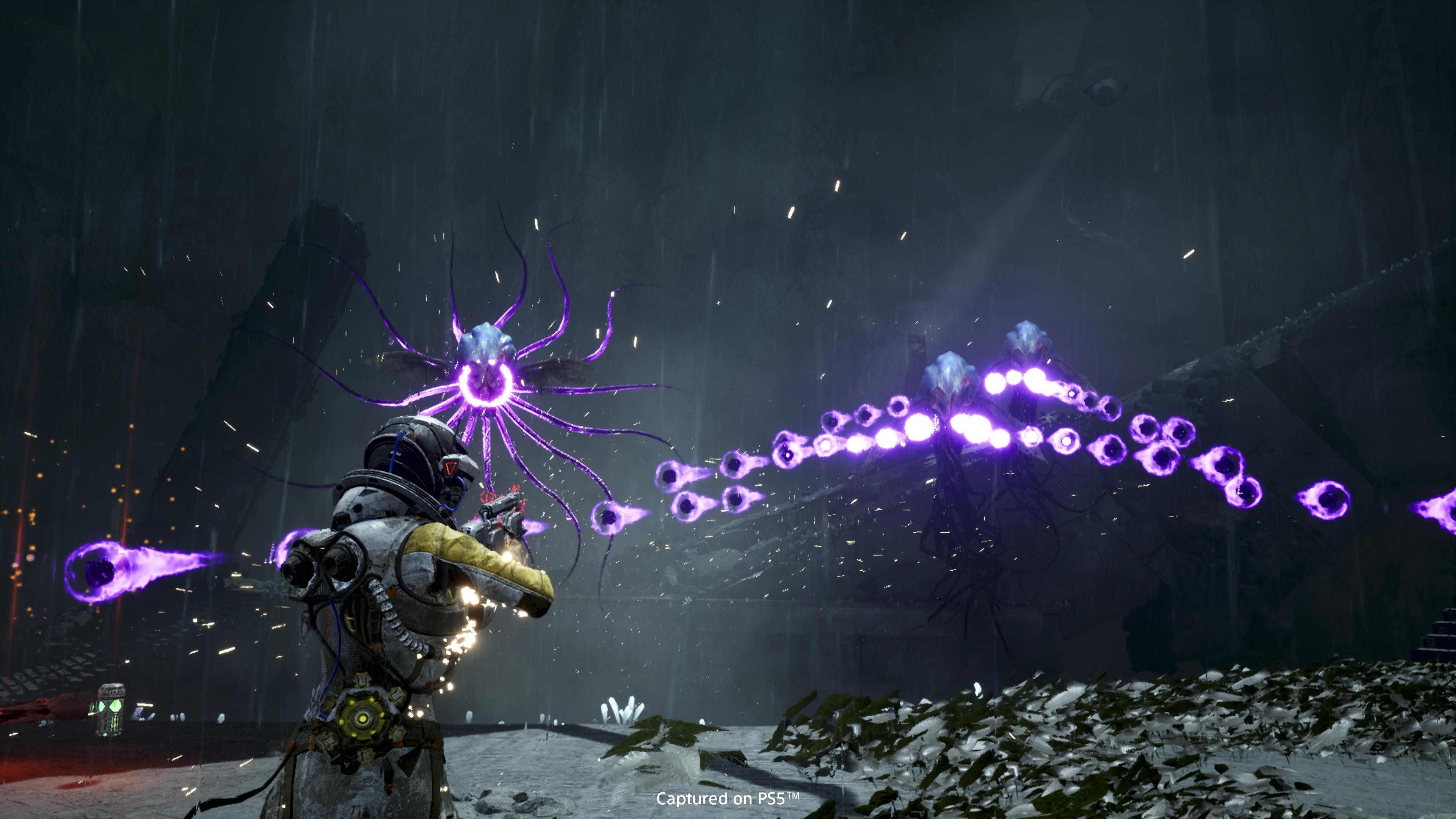 Разработчики Returnal представили релизный трейлер игры