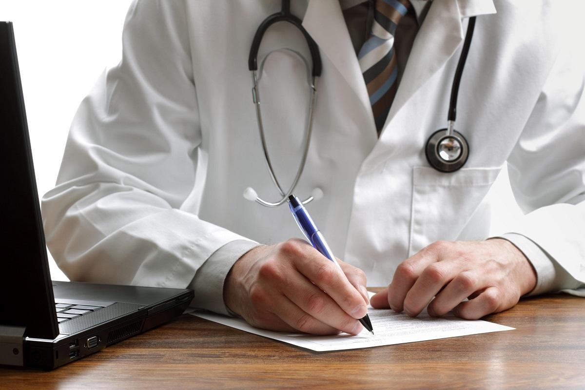 В августе мобильные бригады врачей осмотрят детей из трёх районов Тверской области