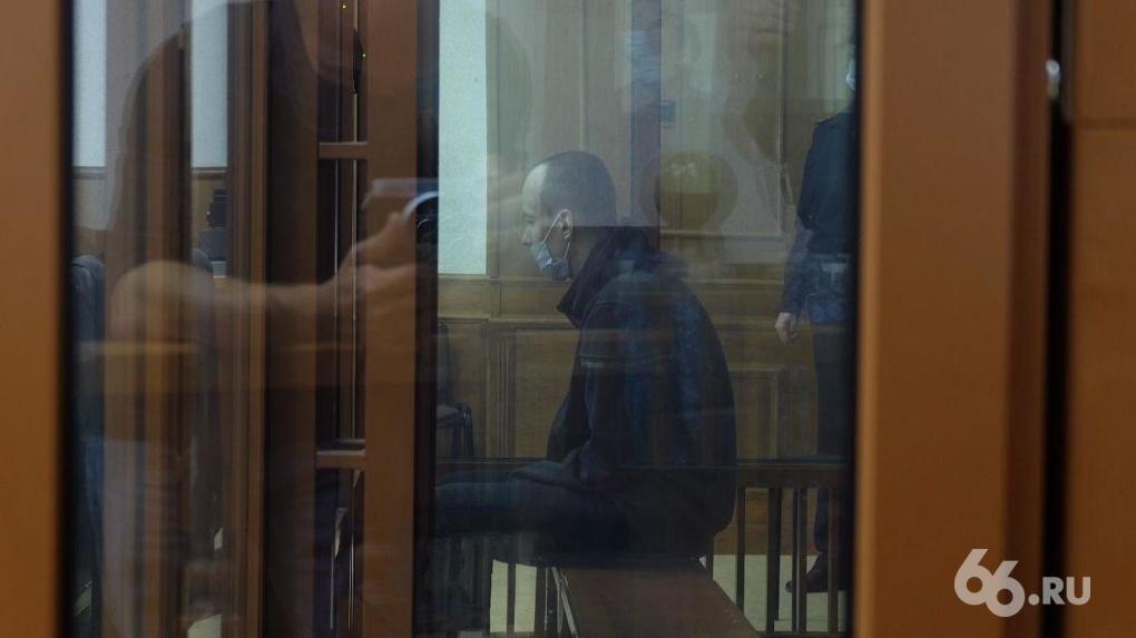 Прокурор запросила пожизненный срок для обвиняемого в убийстве двух девушек на Уктусе