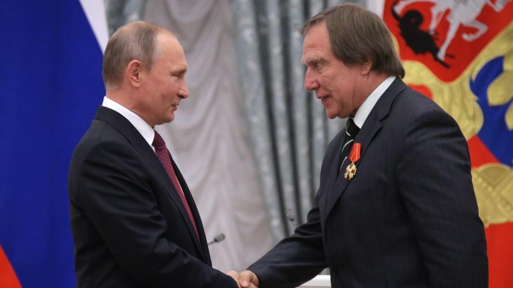 Журналисты раскрыли многомиллионные сделки «друзей Путина». Главное о крупной утечке документов