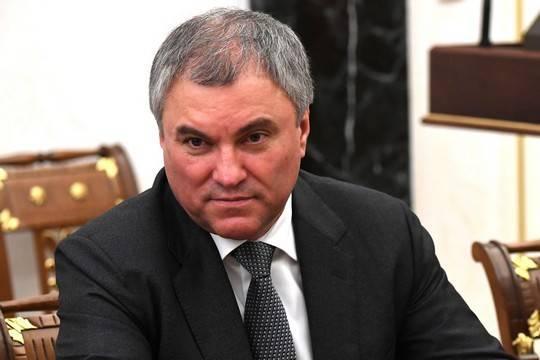 Лесть как политический капитал Вячеслава Володина