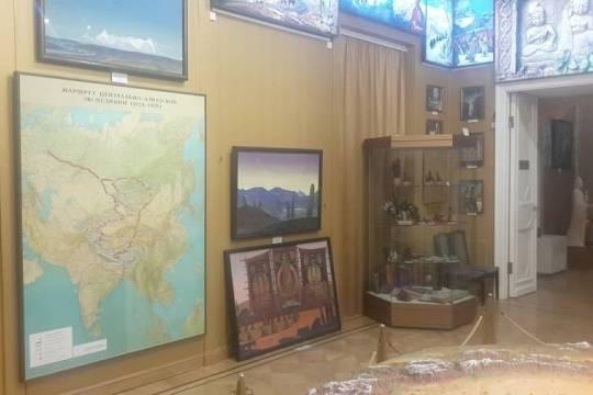 Суд удовлетворил иск Центра Рерихов: Музей Востока должен вернуть 500 музейных предметов