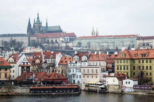 МИД Чехии: число сотрудников российских и чешских генконсульств не изменится