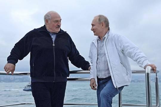 Лукашенко: «Я сказал Путину – ты подумай, как нам попасть в Крым»