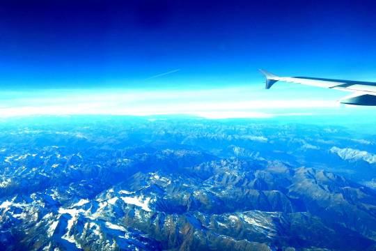 Россия возобновит авиасообщение со Швейцарией