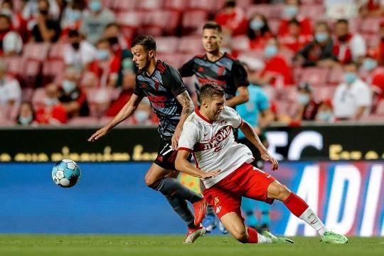 «Спартак» проиграл во втором матче с «Бенфикой» и вылетел из Лиги чемпионов