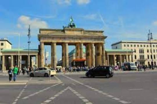 В Берлине задержано не менее 150 человек на акции против мер по COVID-19