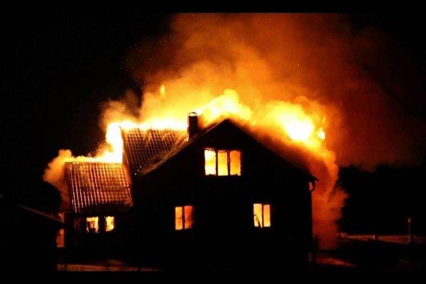 Двое детей погибли при пожаре в Омской области