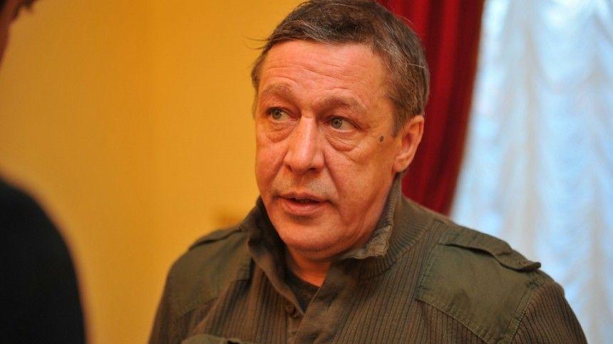 «Очень больной человек»: экс-супруга Ефремова назвала свою версию пьяного ДТП в Москве