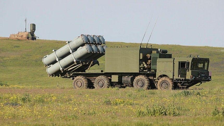 Видео стрельбы ракетного берегового комплекса «Бал» в Черном море