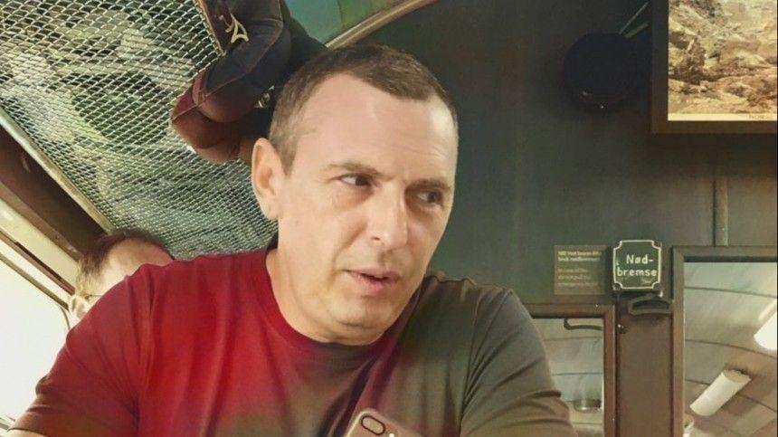 Опубликовано фото обстрелянной машины советника Зеленского