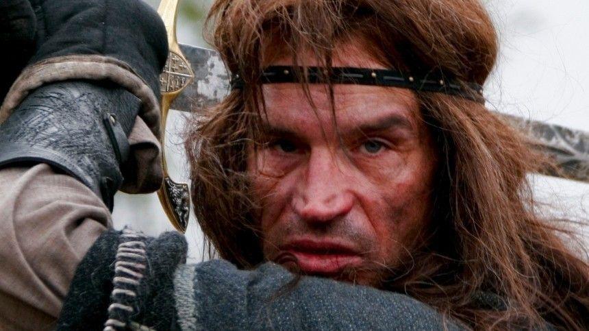 «Бандит» и однолюб со зловещим взглядом: жизнь и судьба актера Дениса Карасева