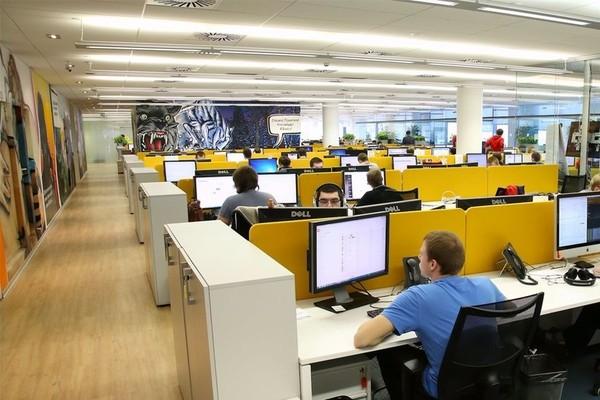 «Тинькофф» открывает сразу девять новых центров разработки