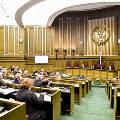 Банкиры и судьи России захотели взымать долги россиян с их детей