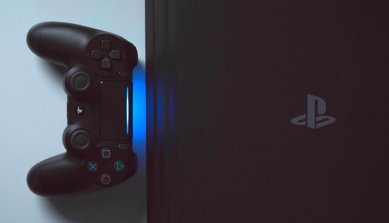 Новая PlayStation 5 может оказаться в два раза толще PlayStation 4