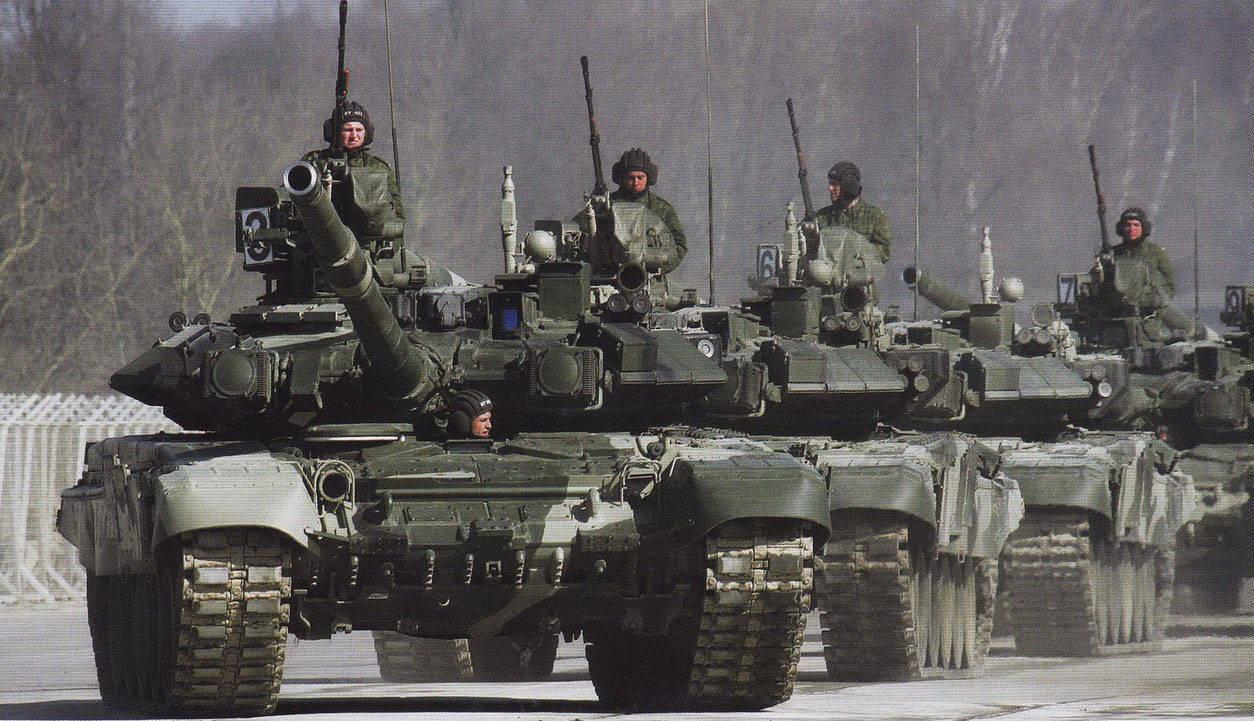 Российские военные получат более 240 новейших танков