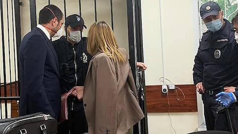 Взятку сложили с педофилией // Бывший помощник главы Россельхознадзора помещен под домашний арест