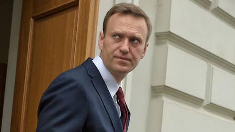 Две недели в коме // Что известно о состоянии Алексея Навального, его вероятных причинах и последствиях