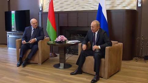 «Глупый сын Кремля Лукашенко укусил руку, которая кормила его» // Зарубежные СМИ — о встрече президентов России и Белоруссии в Сочи