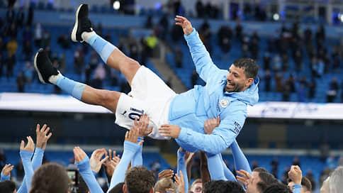В «Барселоне» станет больше аргентинского // Этим летом в клуб перейдет форвард «Манчестер Сити» Серхио Агуэро