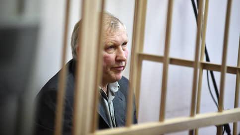 На свободу с нечистой совестью // Осужденный за организацию убийства Галины Старовойтовой хочет выйти на свободу