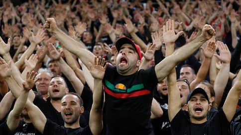 Сборную Венгрии лишают трибун // FIFA вслед за UEFA наказала ее за расизм болельщиков