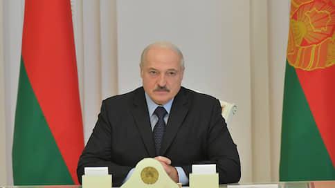 Лукашенко хочет обсудить с Путиным протесты в Белоруссии