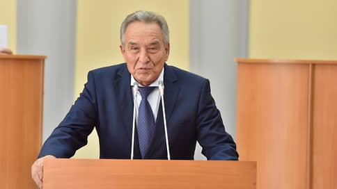 Депутаты Калмыкии требуют отставки спикера парламента Хакасии за оскорбление калмыков