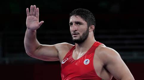 Россиянин Садулаев стал чемпионом мира по вольной борьбе